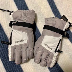 Gordini Women's Stylish Snow Gloves